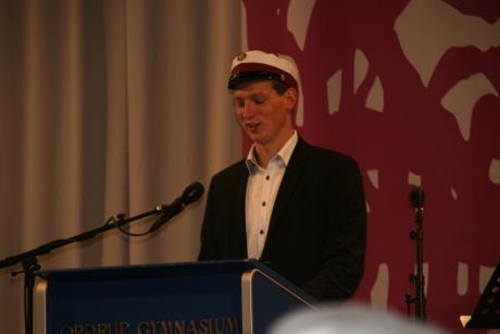 Oliver holder tale på skole 2012-06-27